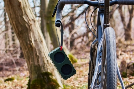 Bicycle Mount Speaker Case with Hands-Free Speakerphone Calls /& Rechargeable Power Bank Charge for Cell Phones and Powerful Enhanced Bass Splash Proof Shockproof Dustproof for Riding Outdoor Red